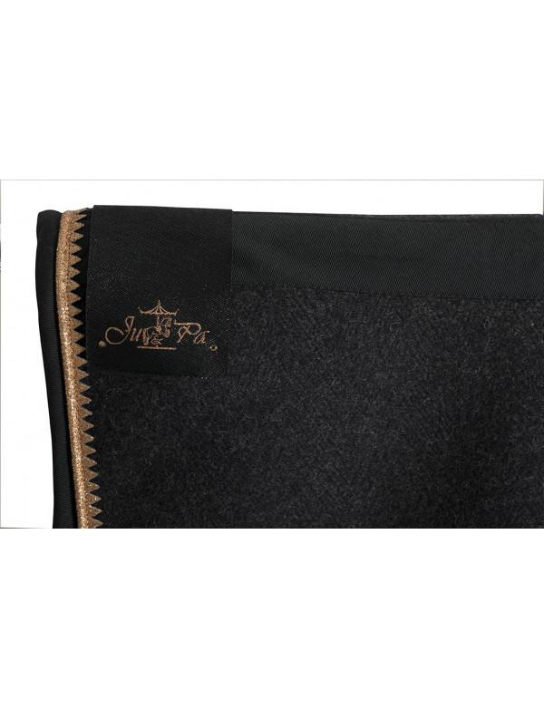 couverture en laine grise picots dor s ju et pa. Black Bedroom Furniture Sets. Home Design Ideas